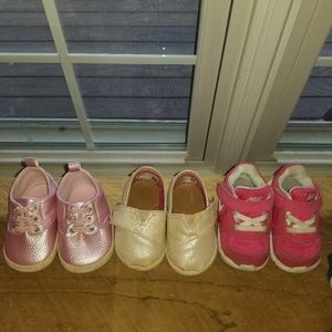 Lot of size 4 little girls shoes